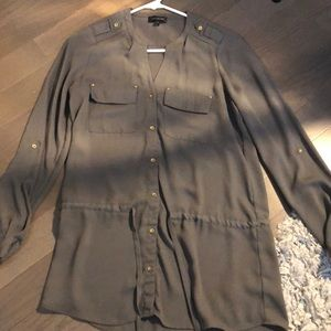 The limited olive button up blouse
